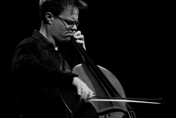 Jonathan Aasgaard cello
