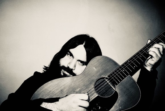An evening with Romeo of the Magic Numbers