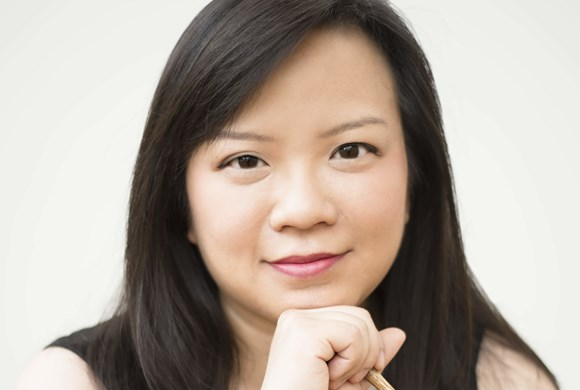 Rebecca Tong conducts music by Sibelius, Beethoven and Schubert